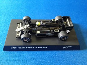 Lotus Renault 97T (Escala 1:64)