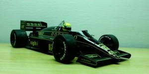 Lotus Renault 98T (Escala 1:18)
