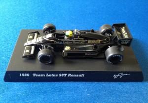 Lotus Renault 98T (Escala 1:64)