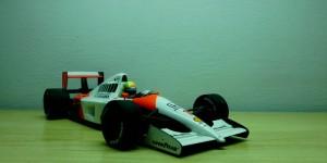McLaren Honda MP4/6 (Escala 1:18)